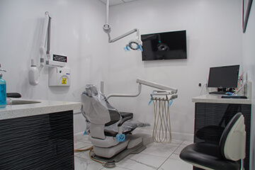 Advanced dental Lab